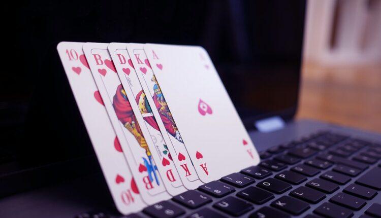 Gambling-Online012